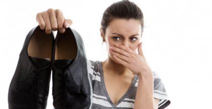 Nguyên nhân hôi chân và 5 mẹo trị hôi chân hiệu quả đến khó tin – bạn có biết?